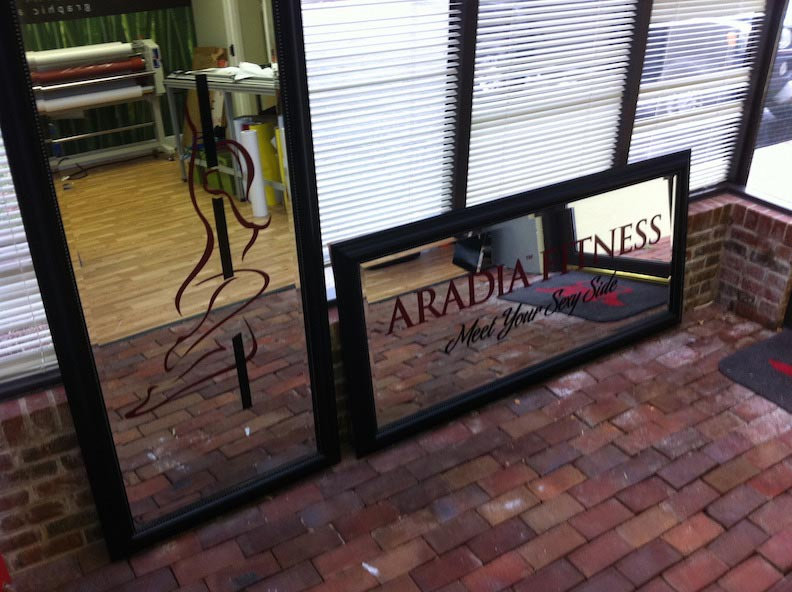 Vinyl on Glass for Aradia Fitness