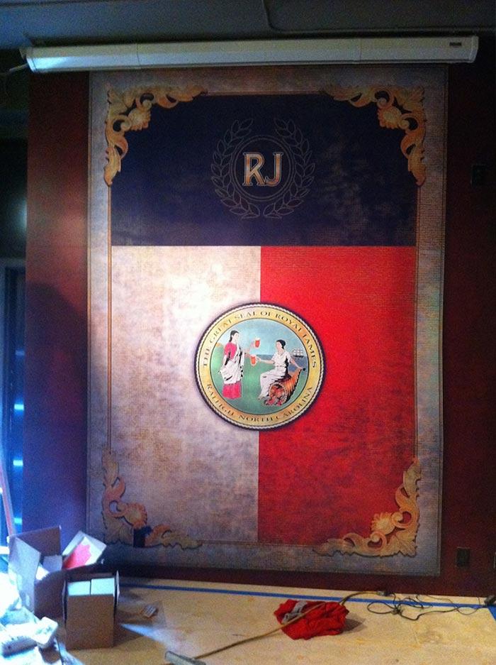 Wall Graphic Royal James Print & Install